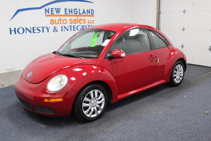 Used 2010 Volkswagen New Beetle Coupe in Plainville, Connecticut | New England Auto Sales LLC. Plainville, Connecticut