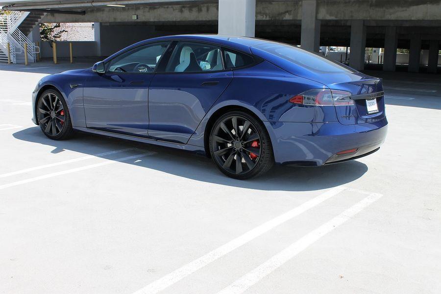 2017 Tesla Model S 75 Sedan 4D photo