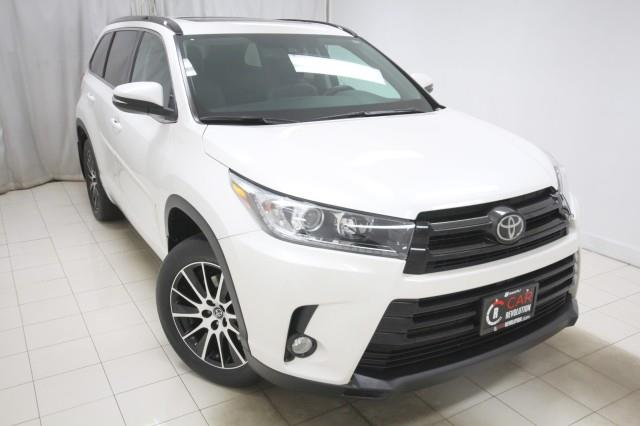 Used Toyota Highlander SE AWD w/ Navi & rearCam 2018 | Car Revolution. Maple Shade, New Jersey