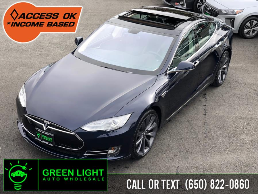 Used 2014 Tesla Model S in Daly City, California | Green Light Auto Wholesale. Daly City, California