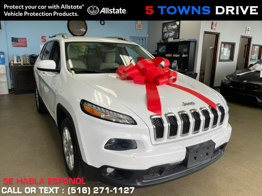 Used Jeep Cherokee FWD 4dr Latitude 2016 | 5 Towns Drive. Inwood, New York