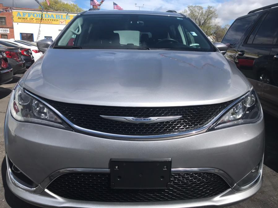 Used Chrysler Pacifica Touring-L FWD 2017   Affordable Motors Inc. Bridgeport, Connecticut