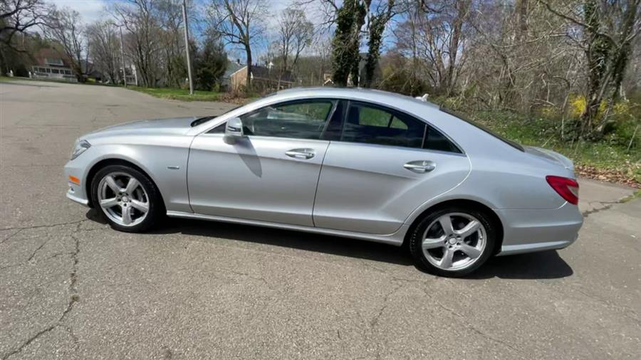 Used Mercedes-Benz CLS-Class 4dr Sdn CLS550 RWD 2012 | Wiz Leasing Inc. Stratford, Connecticut