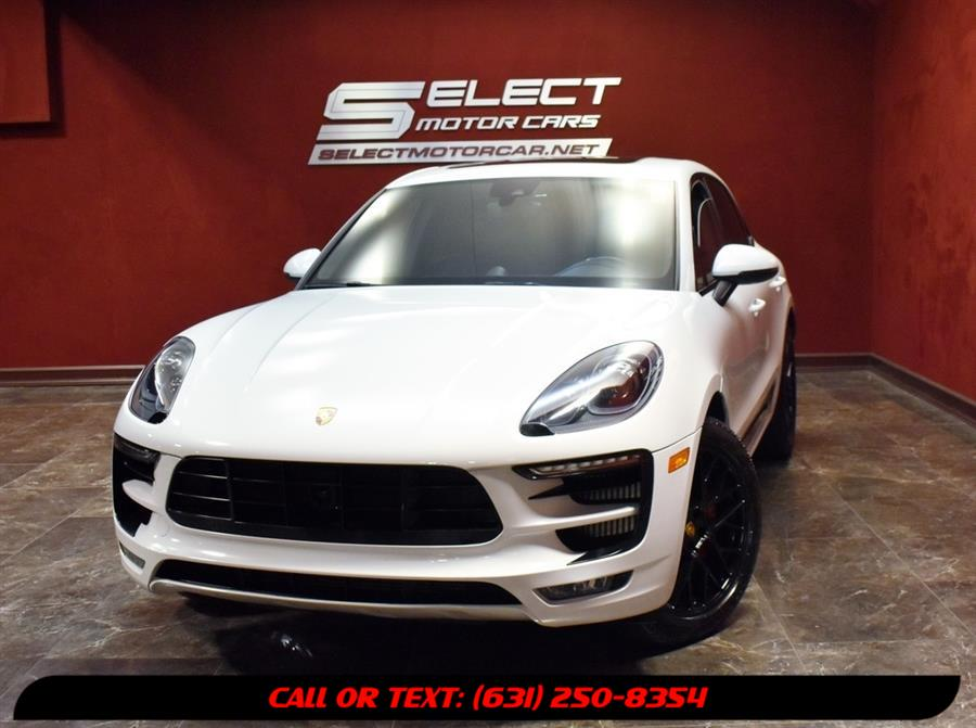 Used 2018 Porsche Macan in Deer Park, New York | Select Motor Cars. Deer Park, New York