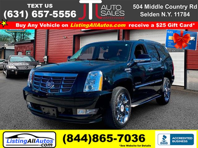 Used 2013 Cadillac Escalade in Patchogue, New York | www.ListingAllAutos.com. Patchogue, New York