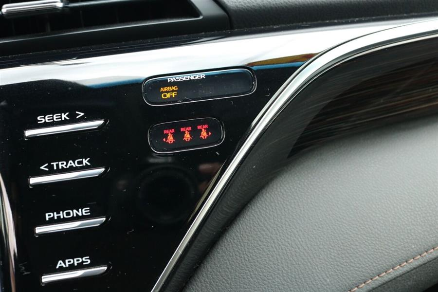 Used Toyota Camry LE 4dr Sedan 2018   SJ Motors. Woodside, New York