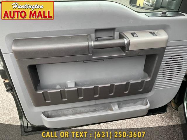 "Used Ford Super Duty F-250 SRW 4WD Reg Cab 137"" XLT 2013 | Huntington Auto Mall. Huntington Station, New York"