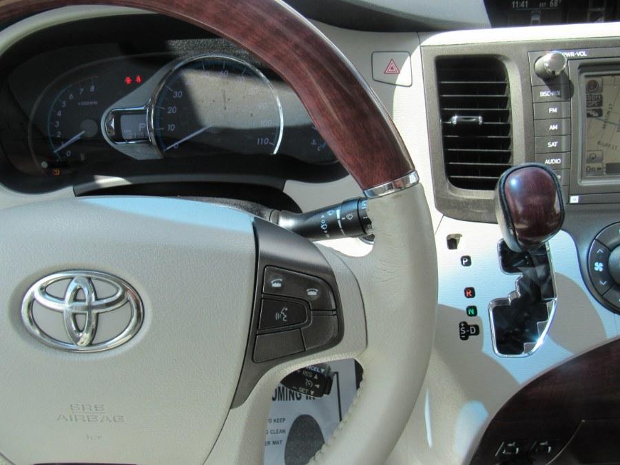 Used Toyota Sienna 5dr 7-Pass Van V6 Ltd AWD 2011 | Hilario's Auto Sales Inc.. Worcester, Massachusetts