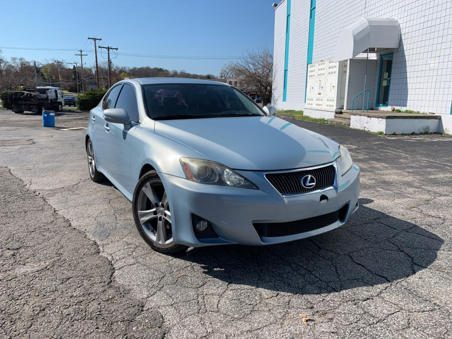 Used Lexus IS 250 4dr Sport Sdn Auto RWD 2012 | Dealertown Auto Wholesalers. Milford, Connecticut
