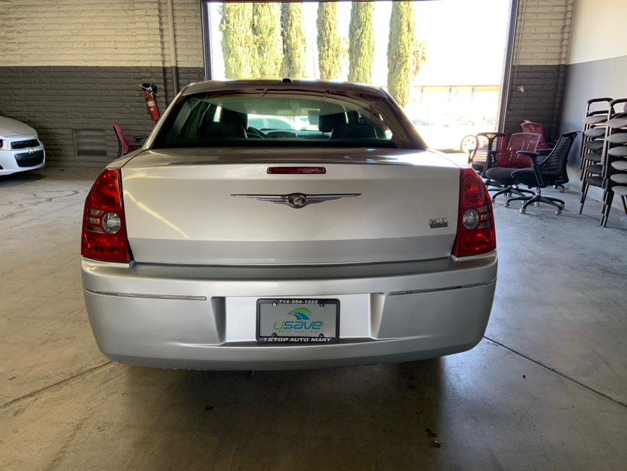 Used Chrysler 300 4dr Sdn Touring Signature RWD 2010   U Save Auto Auction. Garden Grove, California