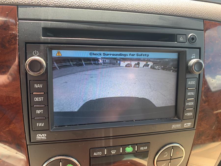 Used Chevrolet Suburban 4WD 4dr 1500 LTZ 2009 | Saybrook Auto Barn. Old Saybrook, Connecticut