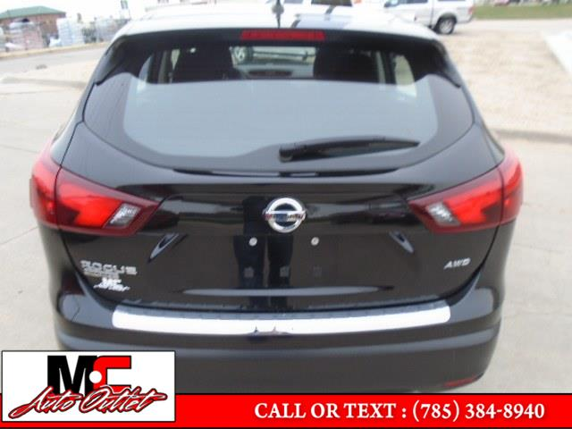 Used Nissan Rogue Sport AWD S 2017 | M C Auto Outlet Inc. Colby, Kansas