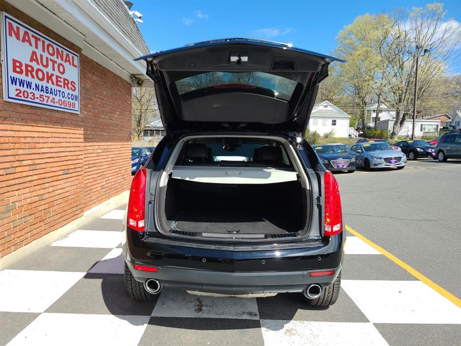 Used Cadillac SRX AWD 4dr Performance 2016 | National Auto Brokers, Inc.. Waterbury, Connecticut