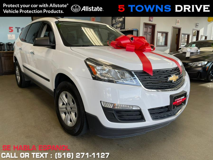 Used Chevrolet Traverse AWD 4dr LS 2016 | 5 Towns Drive. Inwood, New York