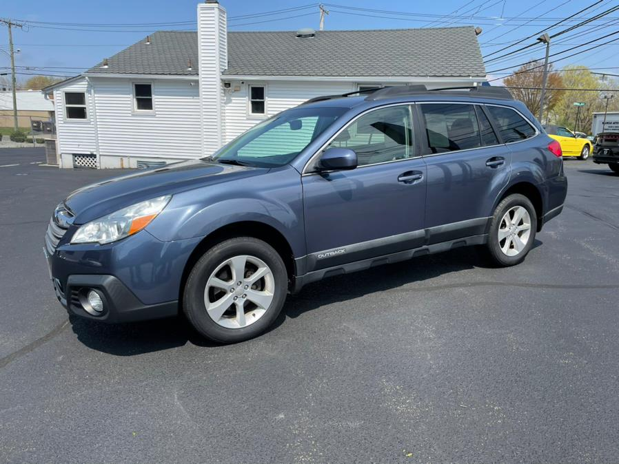 Used 2014 Subaru Outback in Milford, Connecticut | Chip's Auto Sales Inc. Milford, Connecticut