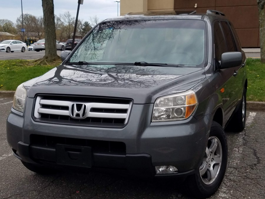 Used 2008 Honda Pilot 4WD EX-L w/Navigation, in Queens, New York