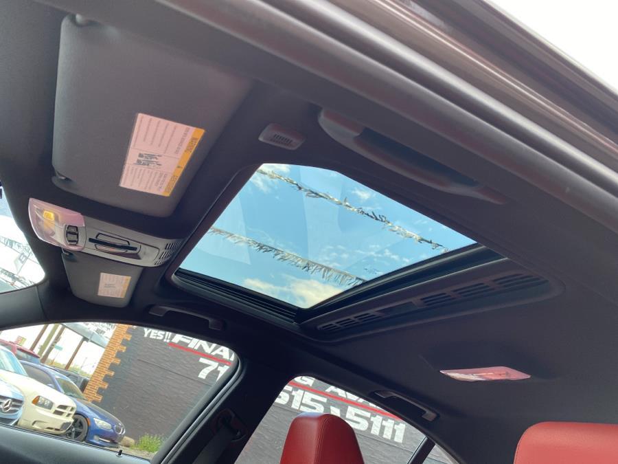 Used BMW 3 Series 4dr Sdn 335i xDrive AWD 2013 | Champion Auto Sales Of The Bronx. Bronx, New York