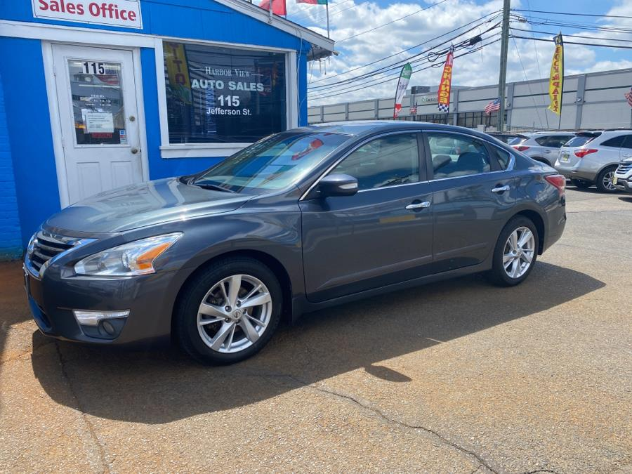 Used 2013 Nissan Altima in Stamford, Connecticut | Harbor View Auto Sales LLC. Stamford, Connecticut