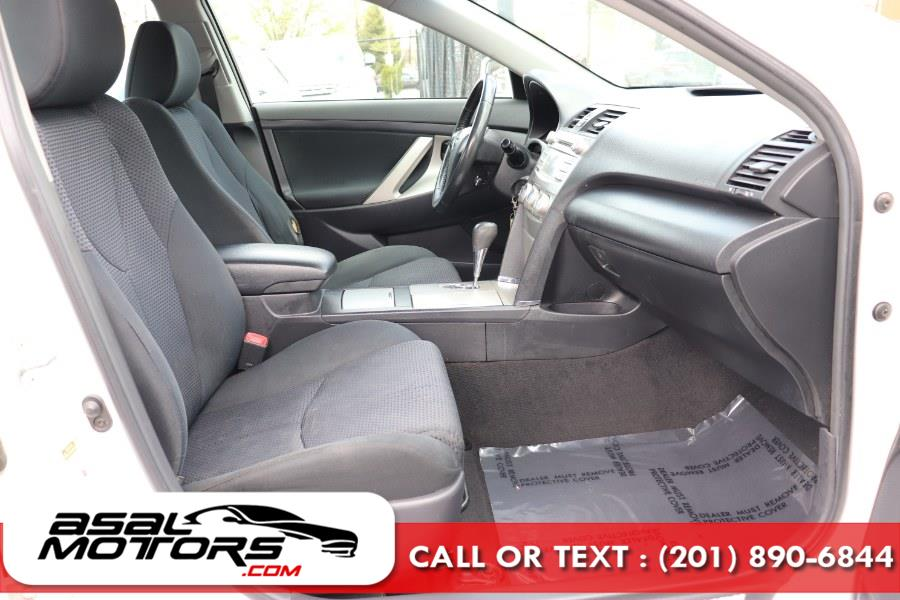 Used Toyota Camry 4dr Sdn I4 Auto SE (Natl) 2010 | Asal Motors. East Rutherford, New Jersey