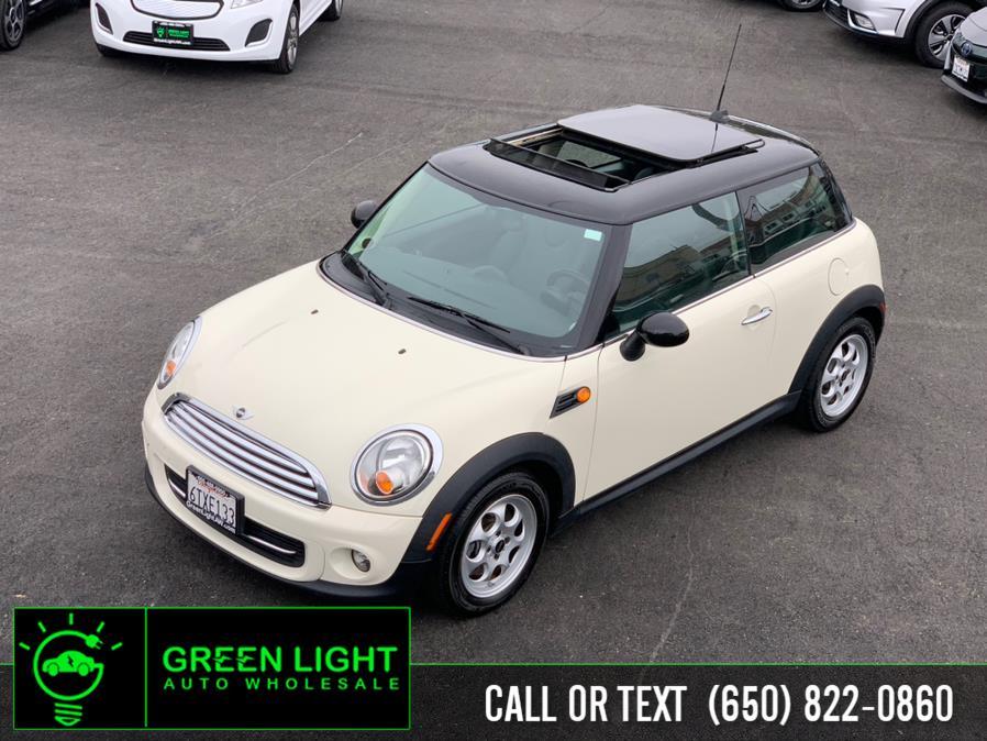 Used 2012 MINI Cooper in Daly City, California | Green Light Auto Wholesale. Daly City, California