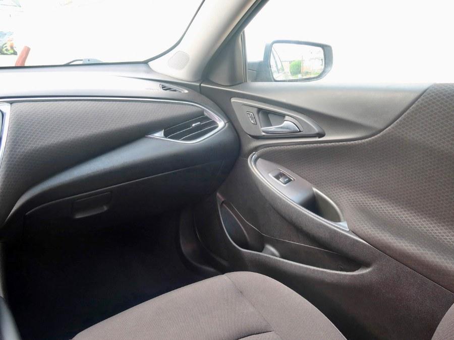Used Chevrolet Malibu LT 2018 | Auto Expo Ent Inc.. Great Neck, New York