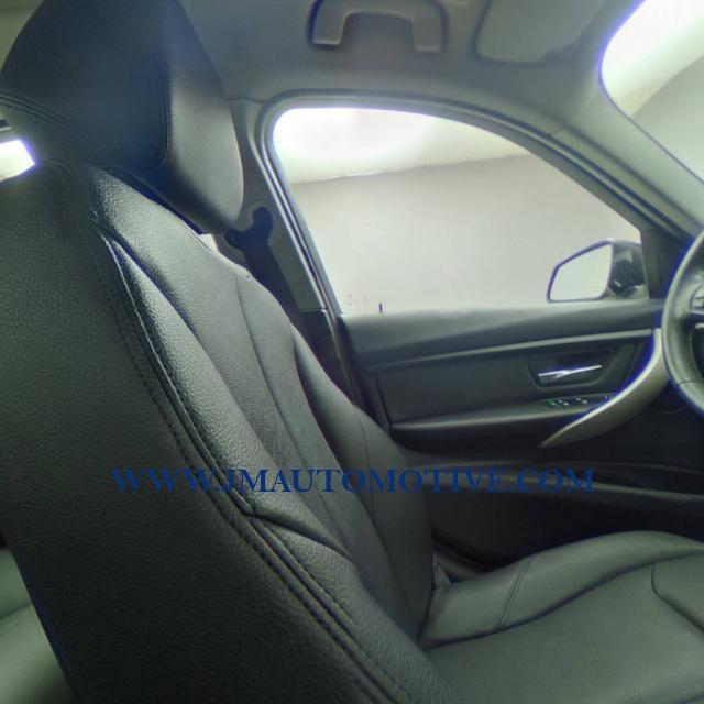Used BMW 3 Series 4dr Sdn 320i xDrive AWD 2014   J&M Automotive Sls&Svc LLC. Naugatuck, Connecticut