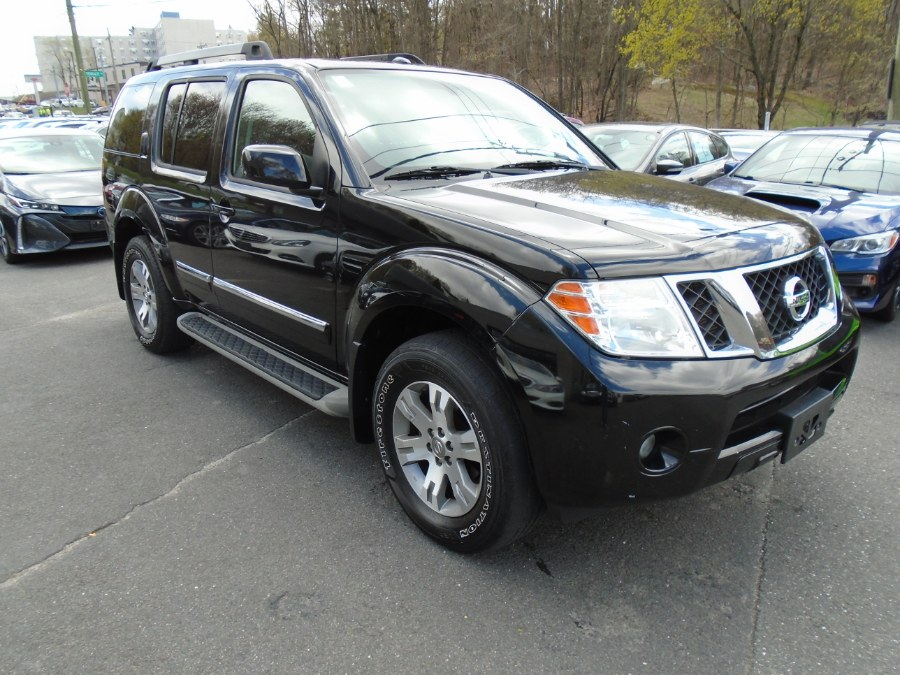 Used Nissan Pathfinder 4WD 4dr V6 LE 2011 | Jim Juliani Motors. Waterbury, Connecticut