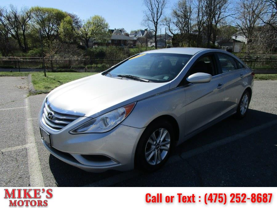 Used 2013 Hyundai Sonata in Stratford, Connecticut | Mike's Motors LLC. Stratford, Connecticut