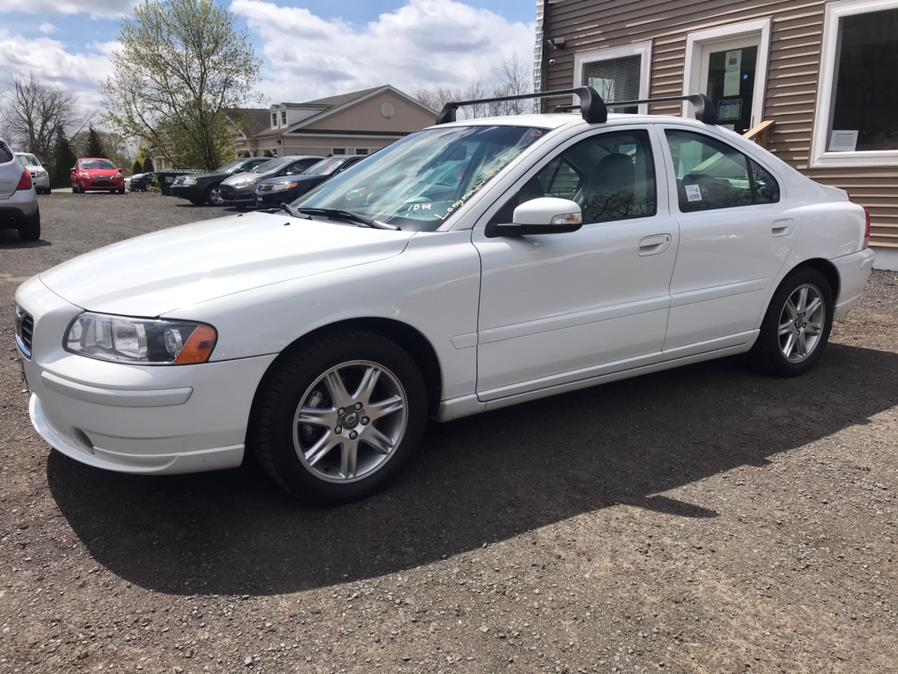 Used Volvo S60 4dr Sdn 2.5L Turbo AT FWD 2007 | Auto Drive Sales And Service. Berlin, Connecticut