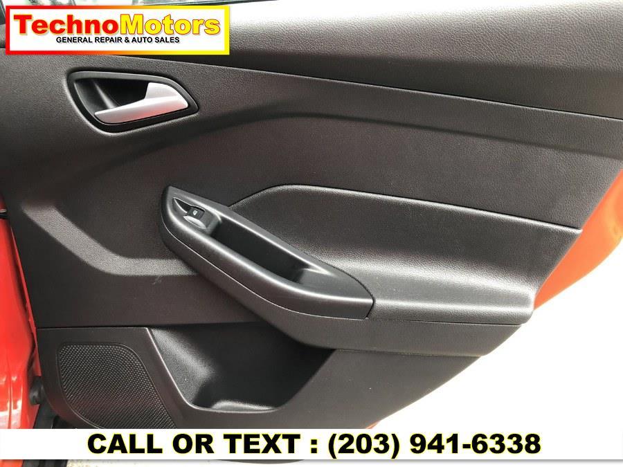 Used Ford Focus 4dr Sdn SE 2015   Techno Motors . Danbury , Connecticut
