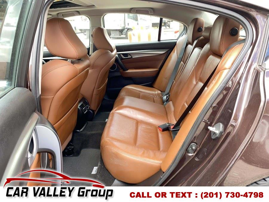 Used Acura TL 4dr Sdn Auto SH-AWD Tech HPT 2011 | Car Valley Group. Jersey City, New Jersey