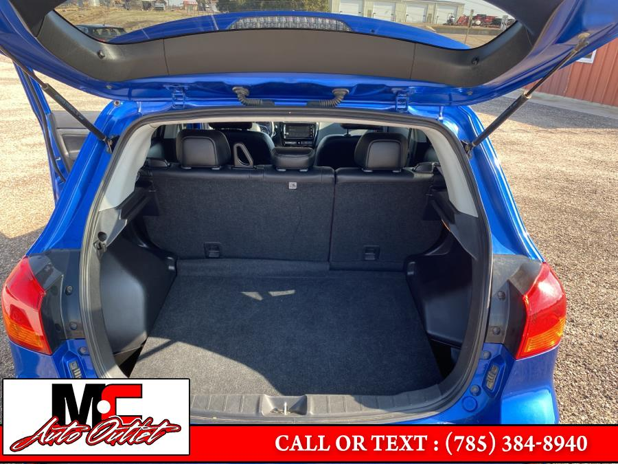Used Mitsubishi Outlander Sport SEL 2.4 AWC CVT 2018 | M C Auto Outlet Inc. Colby, Kansas