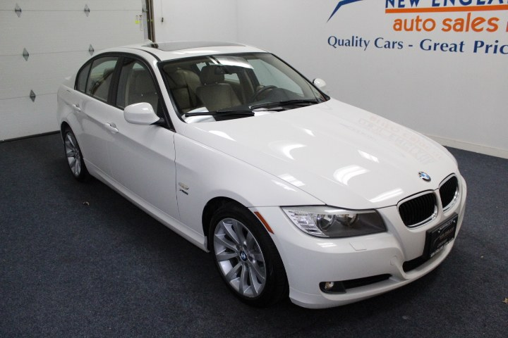 Used BMW 3 Series 4dr Sdn 328i xDrive AWD 2011 | New England Auto Sales LLC. Plainville, Connecticut