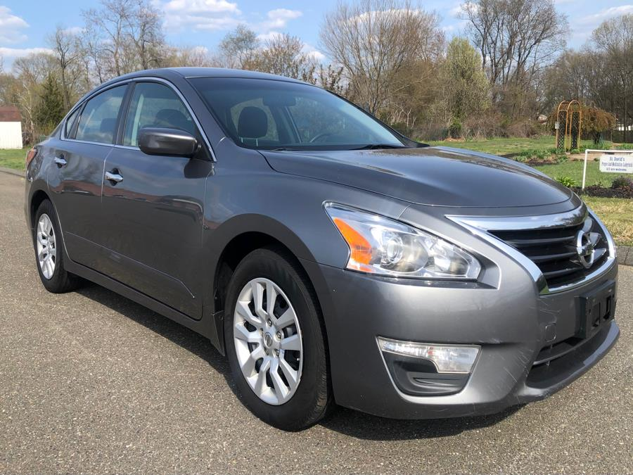 Used 2015 Nissan Altima in Agawam, Massachusetts | Malkoon Motors. Agawam, Massachusetts