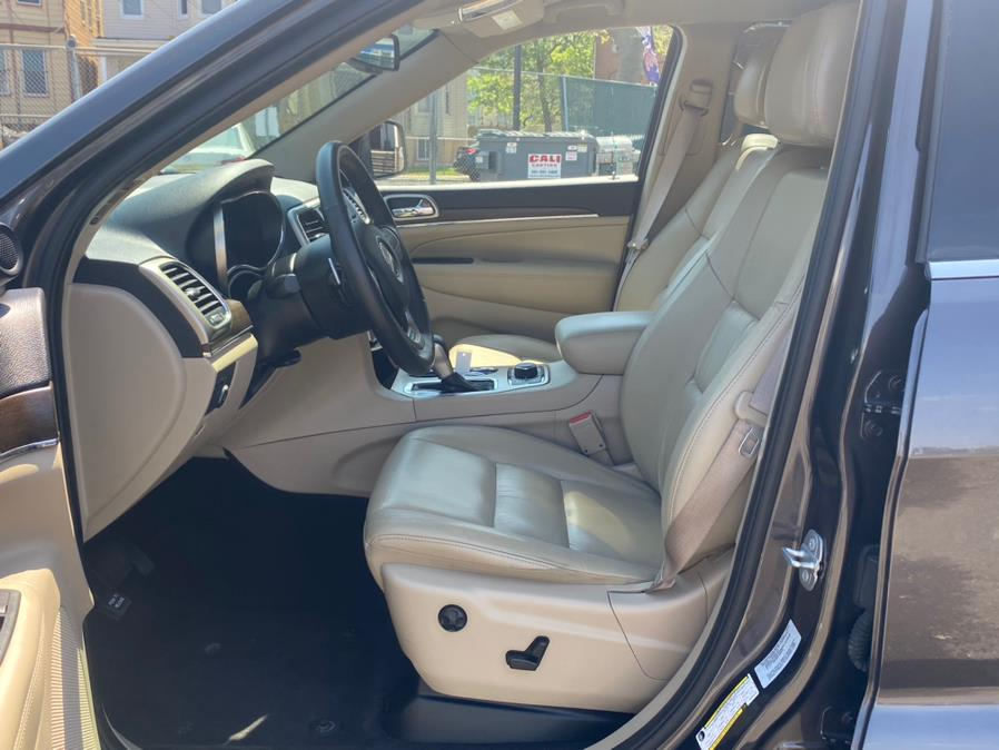 Used Jeep Grand Cherokee 4WD 4dr Limited 2016 | Auto Haus of Irvington Corp. Irvington , New Jersey