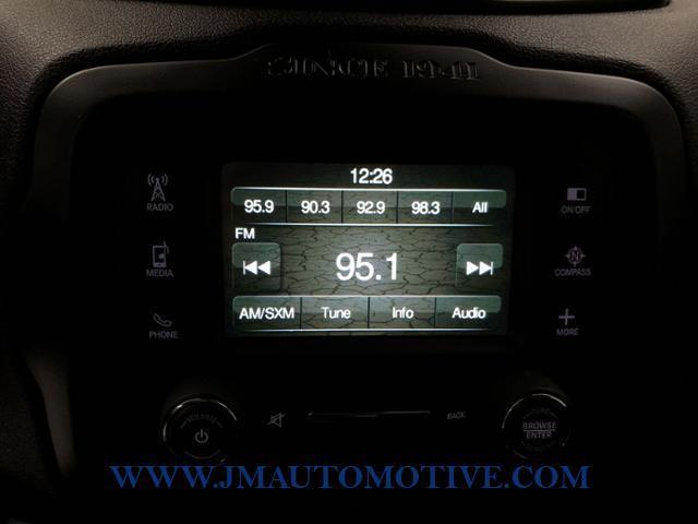 Used Jeep Renegade 4WD 4dr Latitude 2015 | J&M Automotive Sls&Svc LLC. Naugatuck, Connecticut