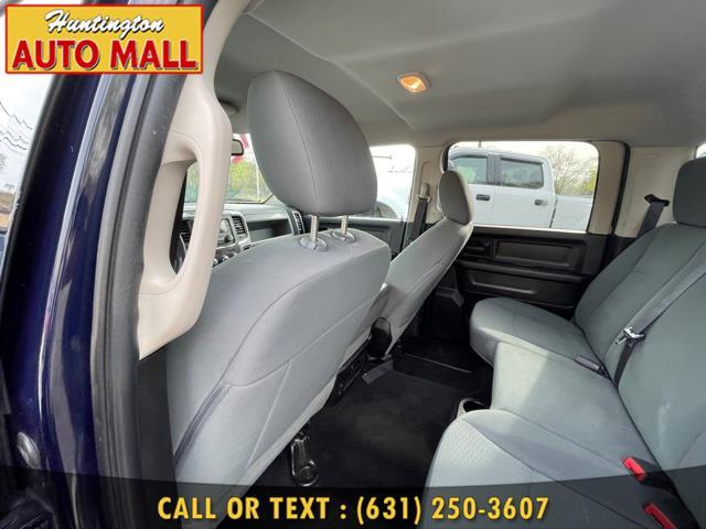 "Used Ram 1500 4WD Crew Cab 140.5"" Express 2014 | Huntington Auto Mall. Huntington Station, New York"