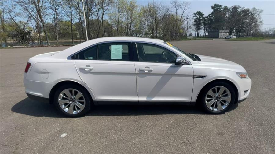 Used Ford Taurus 4dr Sdn Limited FWD 2011 | Wiz Leasing Inc. Stratford, Connecticut