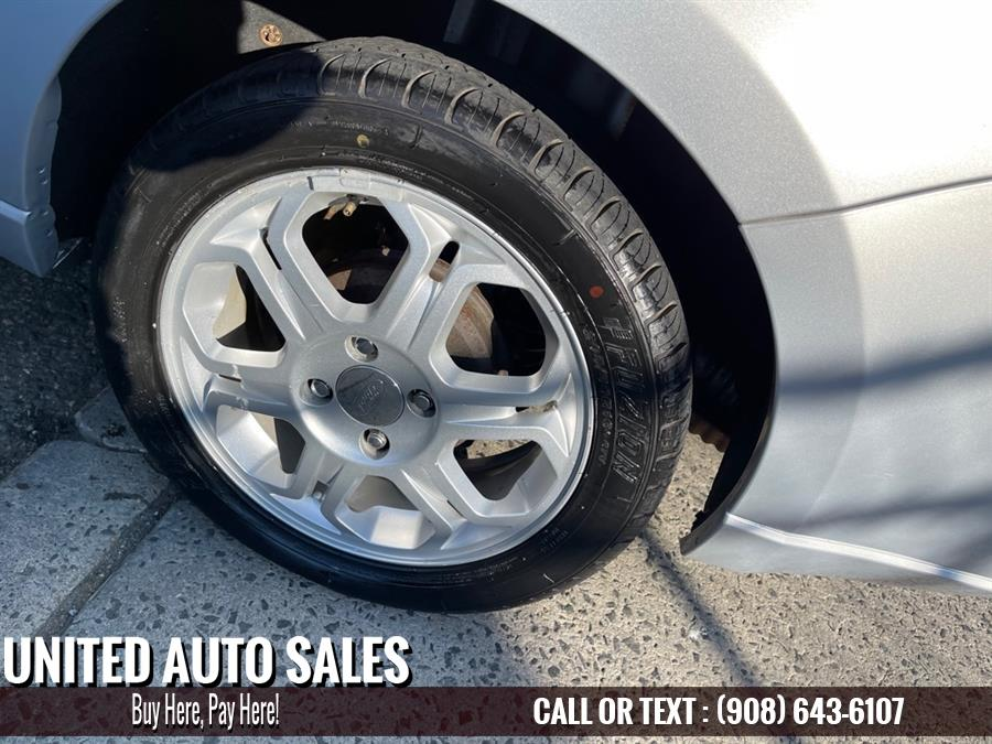 Used Ford Focus SE 2008   United Auto Sale. Newark, New Jersey
