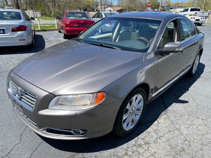 Used Volvo S80 4dr Sdn 3.2L FWD w/Moonroof 2011 | Mint Auto Sales. Islip, New York