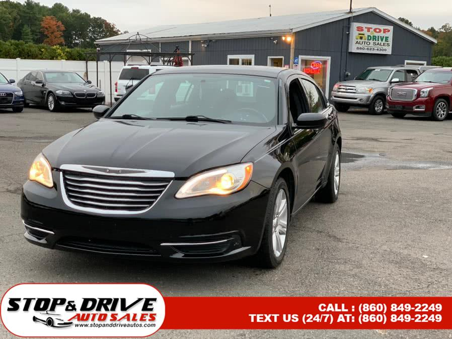 Used 2013 Chrysler 200 in East Windsor, Connecticut | Stop & Drive Auto Sales. East Windsor, Connecticut