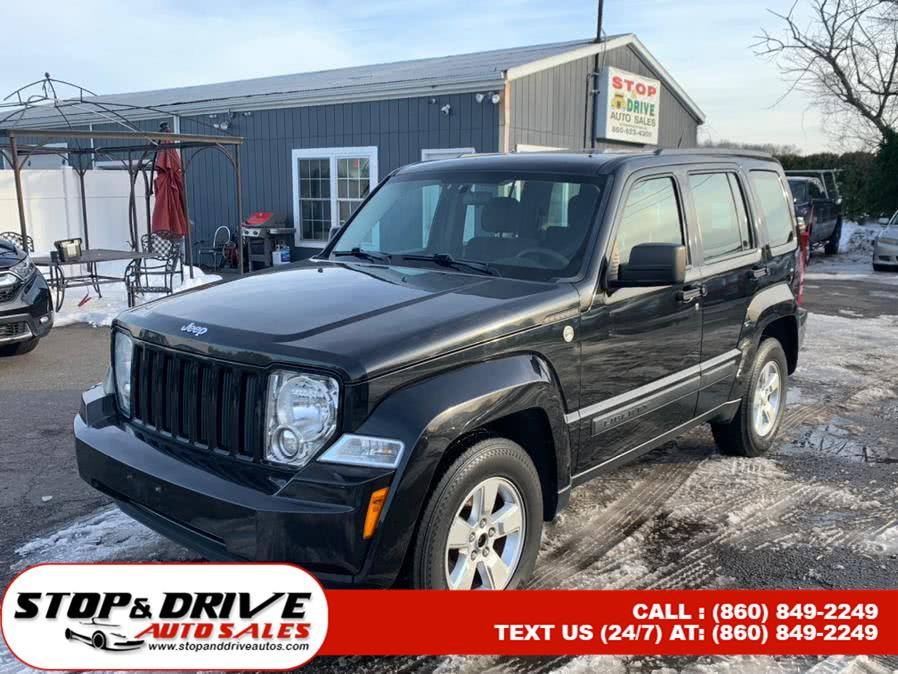 Used 2012 Jeep Liberty in East Windsor, Connecticut | Stop & Drive Auto Sales. East Windsor, Connecticut
