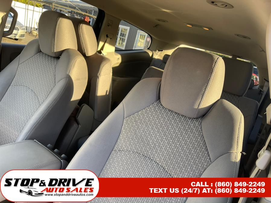 Used Chevrolet Traverse AWD 4dr LS 2012 | Stop & Drive Auto Sales. East Windsor, Connecticut