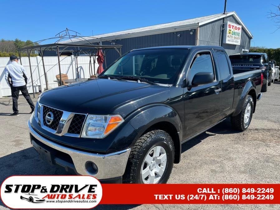 Used 2005 Nissan Frontier 4WD in East Windsor, Connecticut | Stop & Drive Auto Sales. East Windsor, Connecticut