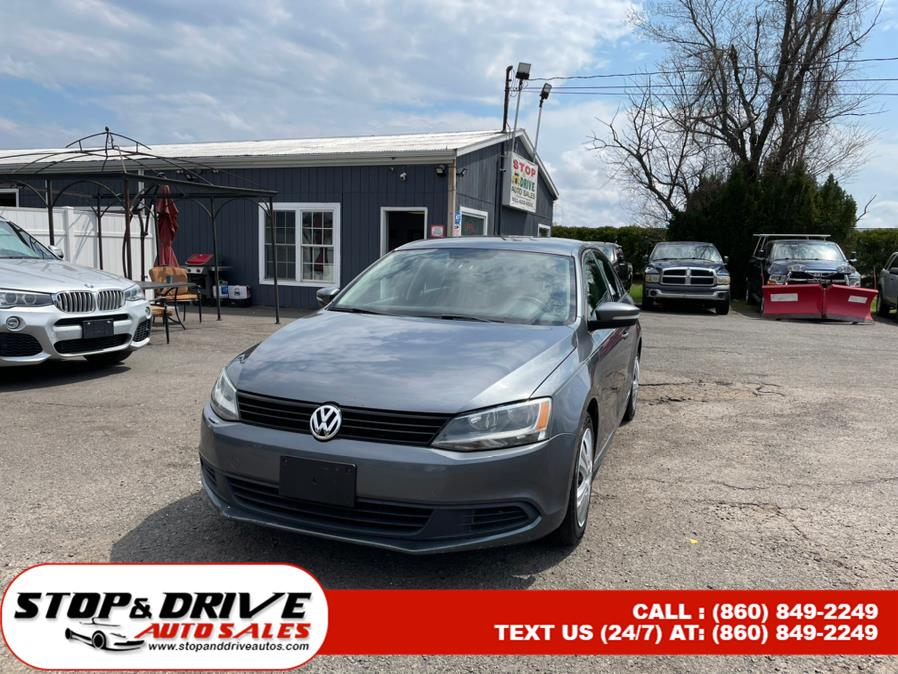 Used 2011 Volkswagen Jetta Sedan in East Windsor, Connecticut | Stop & Drive Auto Sales. East Windsor, Connecticut