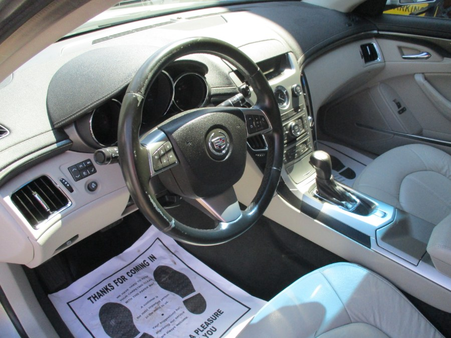 Used Cadillac CTS Sedan 4dr Sdn 3.0L AWD 2010 | Cos Central Auto. Meriden, Connecticut