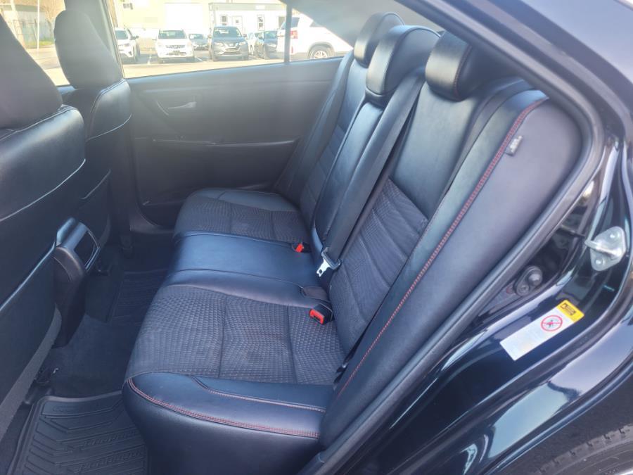Used Toyota Camry 4dr Sdn I4 Auto SE (Natl) 2015 | Capital Lease and Finance. Brockton, Massachusetts