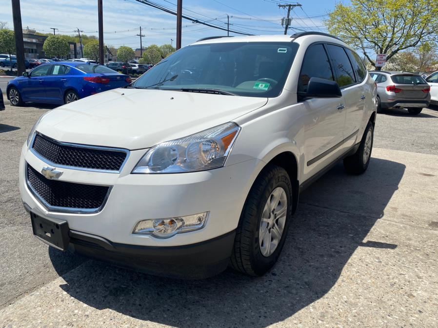 Used 2012 Chevrolet Traverse in Danbury, Connecticut | Safe Used Auto Sales LLC. Danbury, Connecticut