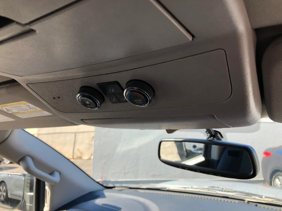 Used Nissan Armada 4WD SV 2015 | Green Light Auto Wholesale. Daly City, California