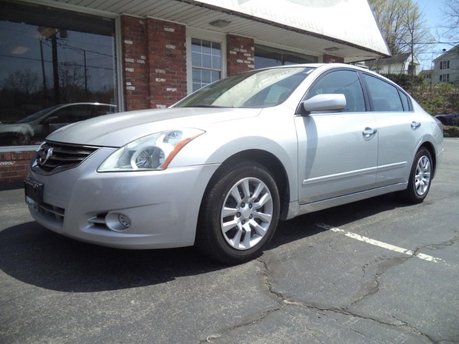 Used 2012 Nissan Altima in Naugatuck, Connecticut | Riverside Motorcars, LLC. Naugatuck, Connecticut